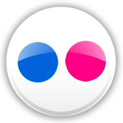 flickr icon yahoo Flickr Wants Its Throne Back